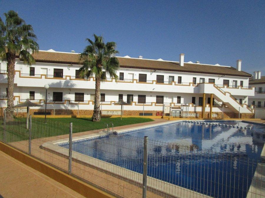 planta baja-la puebla-calle el abrazo-acceso piscina comunitaria-ahora gestores inmobiliarios-AHA-100 (8)