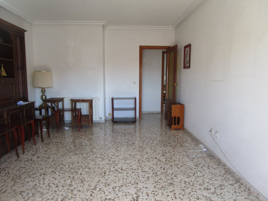 piso-ensanche-avda murcia-salon-ahora gestores inmobiliarios-AHV-241 (2)