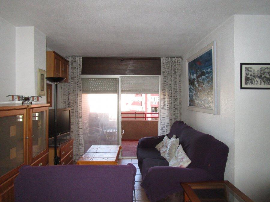 piso-zona pza alicante-pintor portela-salón-ahora gestores inmobiliarios-AHA-130 (11)