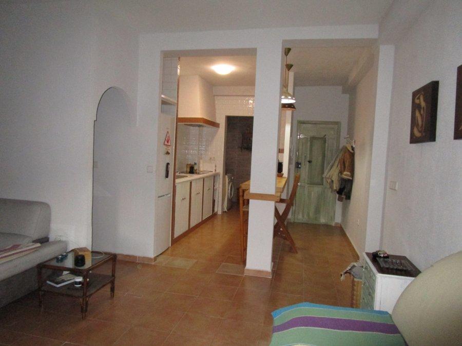 piso-barrio concepción-calle muro-salon-ahora gestores inmobiliarios-AHV-282 (5)